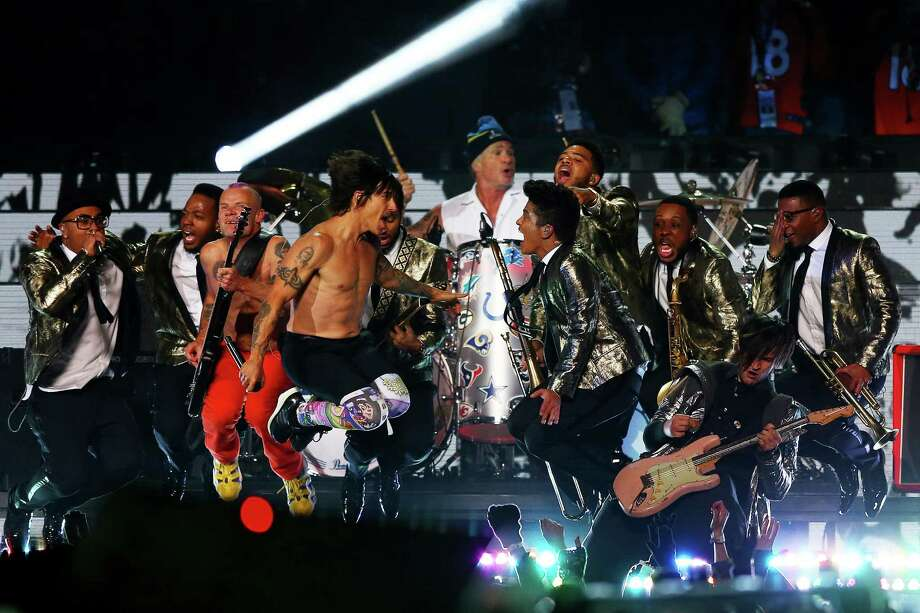 Bruno Mars and the Red Hot Chili Peppers performB during the Pepsi Super Bowl XLVIII Halftime Show at MetLife Stadium on February 2, 2014 in East Rutherford, New Jersey. Photo: Elsa, Getty Images / 2014 Getty Images
