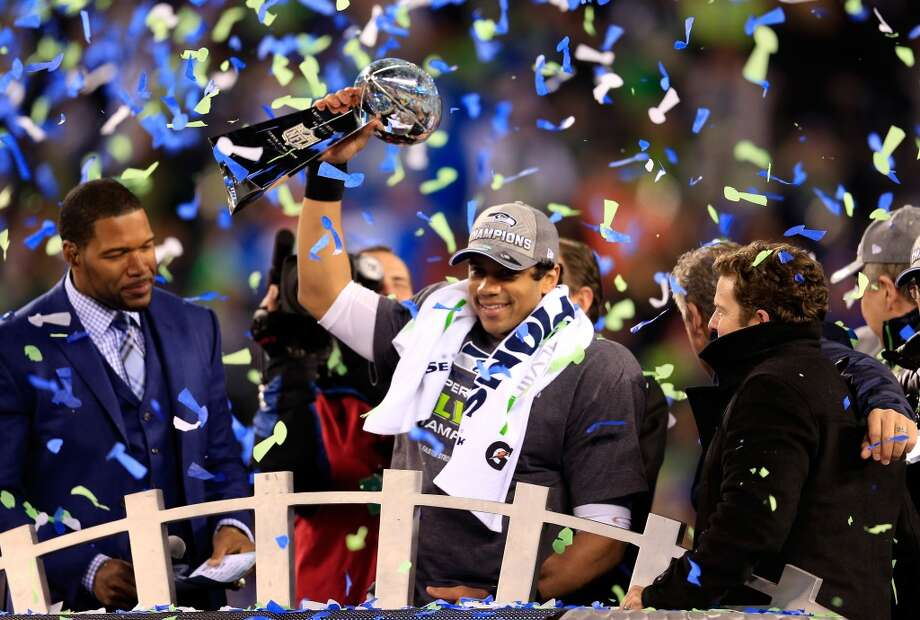 Russell Wilson #3 of the Seahawks celebrates with the Vince Lombardi trophy. Photo: Rob Carr, Getty Images