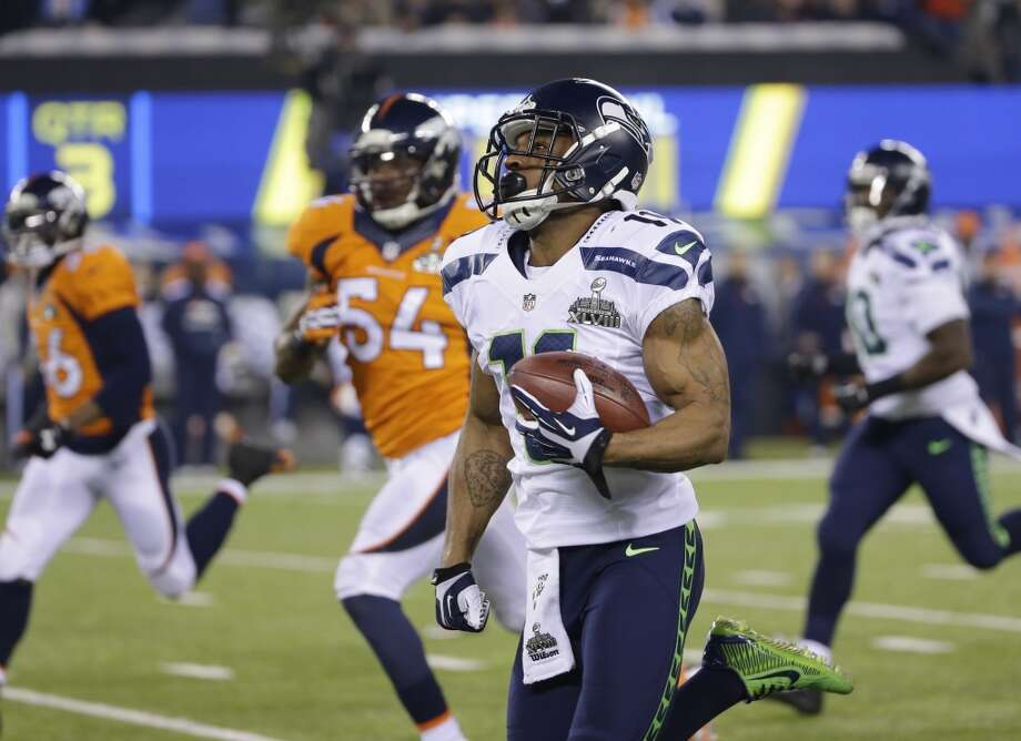 """1. Percy Harvin makes quite an impactHere's what we wrote in """"Five things to watch"""" on Friday:""""If Harvin plays the entire game — and that's a rather big 'if' — his presence could add a game-breaking element to the Hawks' attack. But if he's unable to make an impact, Denver's defense can key on Marshawn Lynch and make Seattle's offense one-dimensional.""""It didn't take long for Harvin to make his presence felt.On the Seahawks' second play from scrimmage, Russell Wilson handed the ball to Harvin, who was moving in motion along the line before the snap. He took the ball in stride off the left side and wasn't touched for 30 yards. The Hawks ran basically the same play at the end of the quarter, and Harvin took it for another 15 yards.He saved his greatest moment for the second-half kickoff. With the Seahawks holding a 22-0 lead and the Broncos desperately needing a stop to gain some momentum, Denver decided to angle the kickoff away from Harvin, hoping to keep the ball away from the diminutive dynamo. But Harvin sprinted up to catch the ball on one bounce, then cut upfield. After accelerating past would-be defenders and leaving kicker Matt Prater grabbing at thin air, Harvin turned on the afterburners. Eighty-seven yards later, he waltzed into the end zone to put the Seahawks up 29-0.He didn't do much after that, but after the Hawks' opening salvo, he didn't have to. Photo: Matt Slocum, AP"""