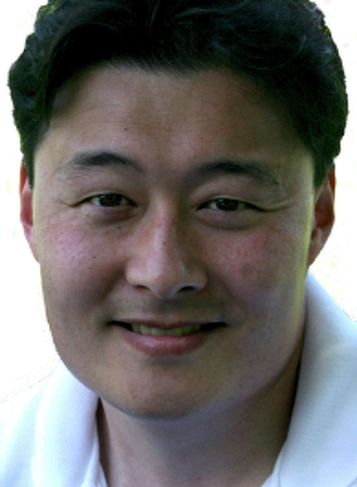 Dr. Tze-Ming (Benson) Chen