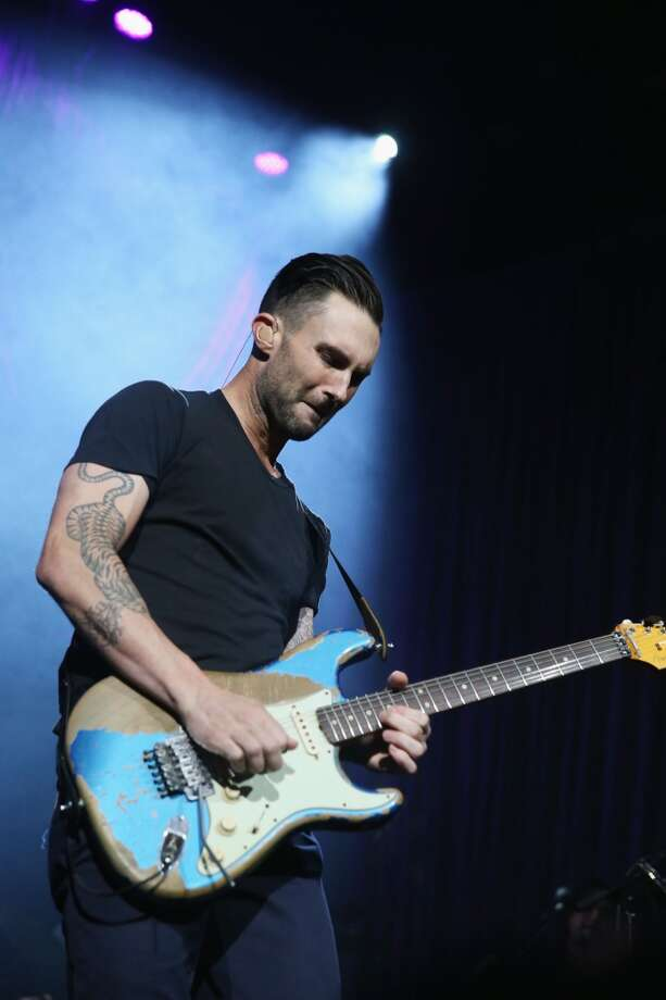 "Adam Levine performs onstage at ""Howard Stern's Birthday Bash"" presented by SiriusXM, produced by Howard Stern Productions at Hammerstein Ballroom on January 31, 2014 in New York City. Photo: Larry Busacca, Getty Images For SiriusXM"