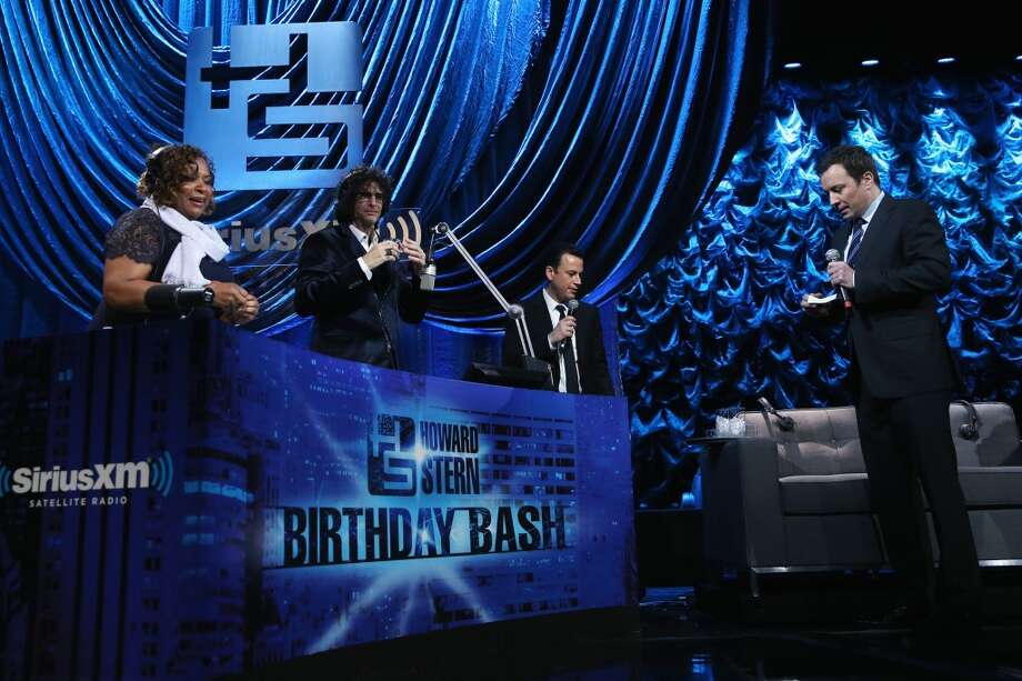 "(L-R) Robin Quivers, Howard Stern, Jimmy Kimmel and Jimmy Fallon attend ""Howard Stern's Birthday Bash"" presented by SiriusXM, produced by Howard Stern Productions at Hammerstein Ballroom on January 31, 2014 in New York City. Photo: Larry Busacca, Getty Images For SiriusXM"