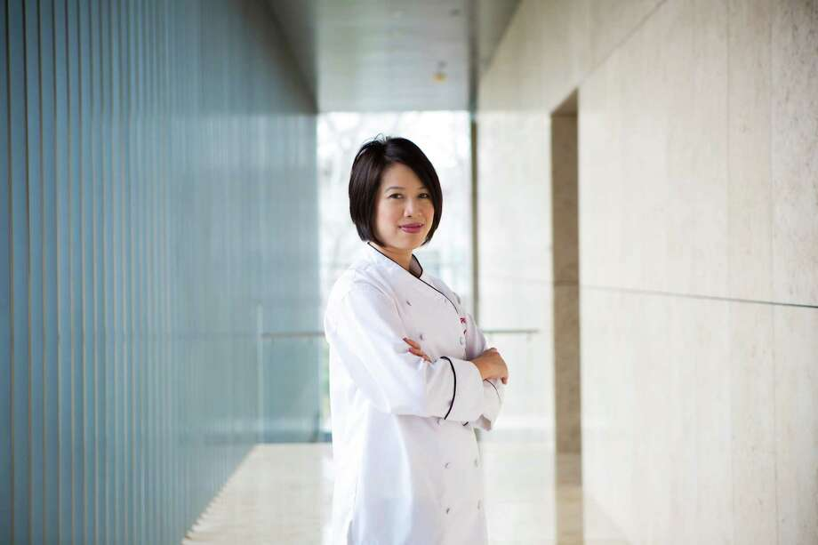 Blind Chef Christine Ha Guest Of Lunar New Year Event
