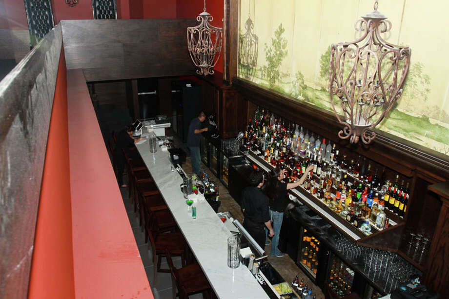 Marfreless, the River Oaks bar has reopened after extensive renovations. It celebrated its 40th anniversary just months before closing in February of 2013. Photo: Gary Fountain, For The Houston Chronicle / Copyright 2014 Gary Fountain.