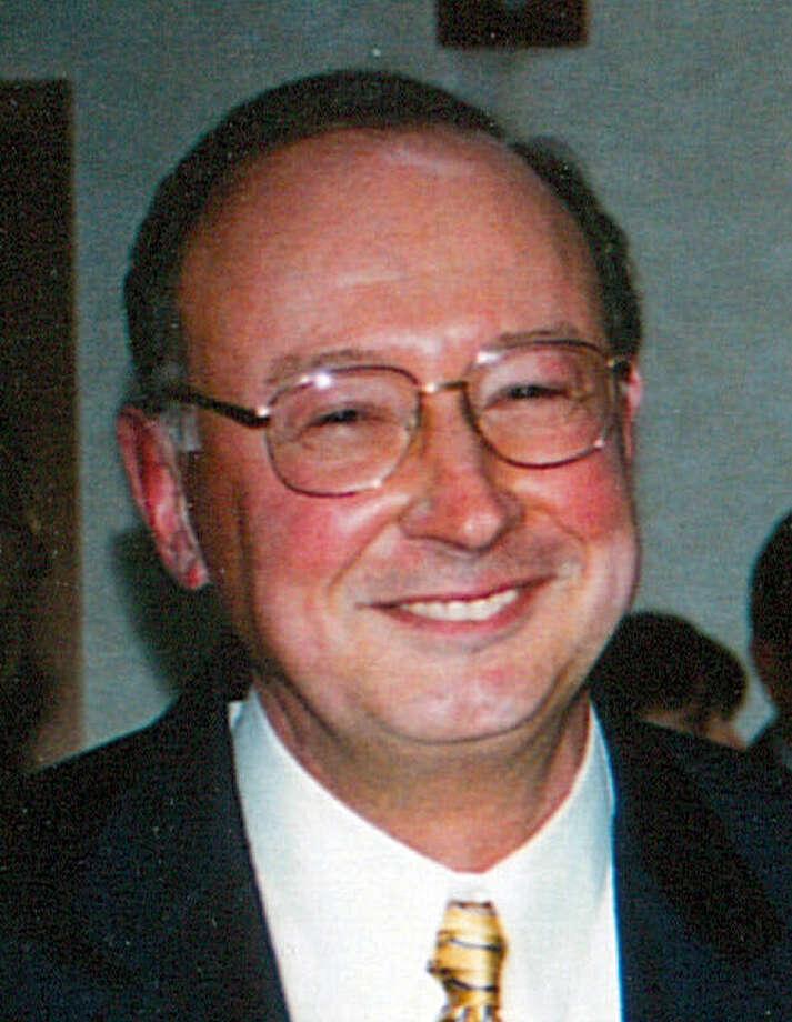 Former Litchfield State's Attorney Frank Maco. Photo: Daniel Tepfer / Connecticut Post