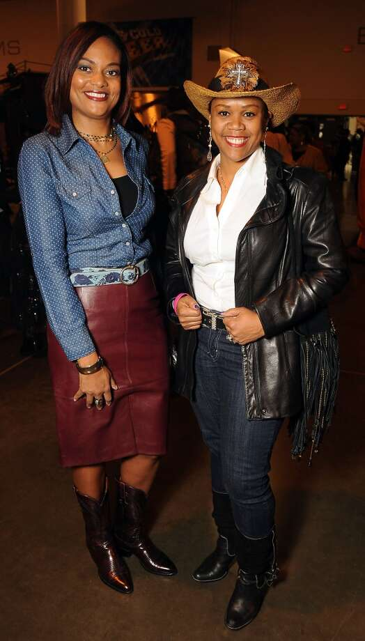 Andrea Scott and Tami Viennallen (Dave Rossman photo) Photo: Dave Rossman, For The Houston Chronicle