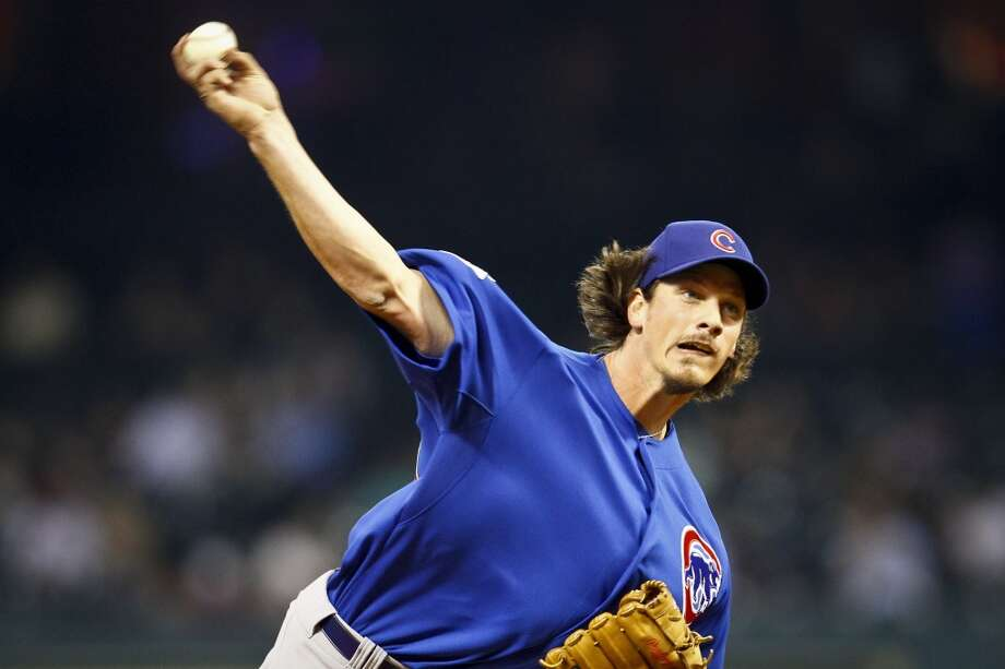 Jeff Samardzija  The Cubs pitcher played both baseball and football in college, but was more known for his gridiron greatness at Notre Dame. Samardzija was a consensus All-American wide receiver in 2005 and was expected to be selected in the 2007 NFL draft.  However, Chicago selected the right-hander in the fifth round of the 2006 MLB draft and he chose to pursue a career in pro baseball. Photo: Michael Paulsen, Houston Chronicle