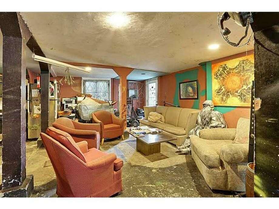 Living area. Photo via MLS/Gardener Realtors.