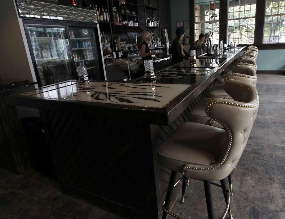 The bar at Double Trouble. Photo: Karen Warren, Houston Chronicle