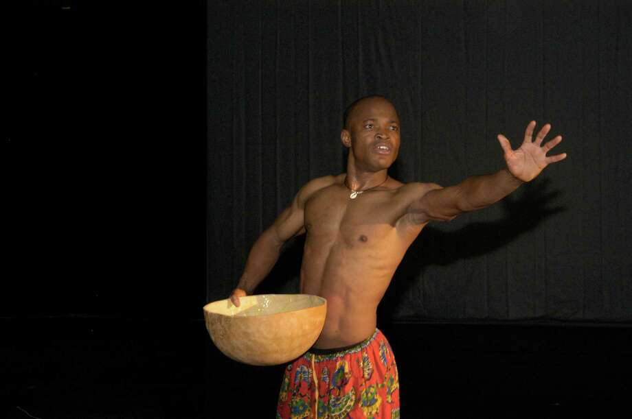Iddi Saaka will dance and tell stories from his homeland, Ghana, at the Stepping Stones Museum For Children on Saturday, Feb. 15. Photo: Contributed Photo / Connecticut Post Contributed