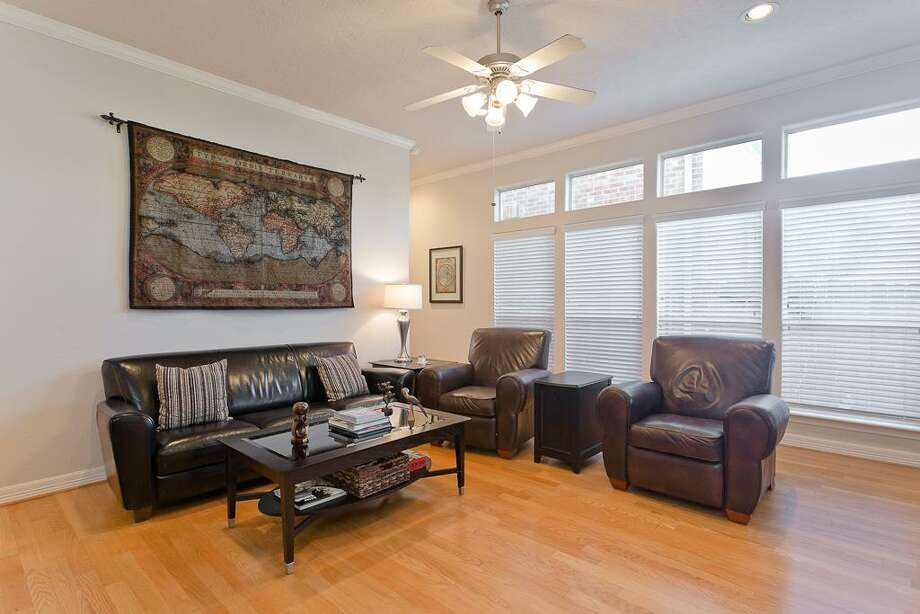 1315 East: This 2005 townhome has 3 bedrooms, 2.5 bathrooms, 1,660 square feet, and is listed for $275,000.