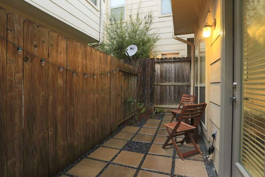 4028 Center: This 2005 townhome has 2 bedrooms, 2 bathrooms, 1,296 square feet, and is listed for $249,900.