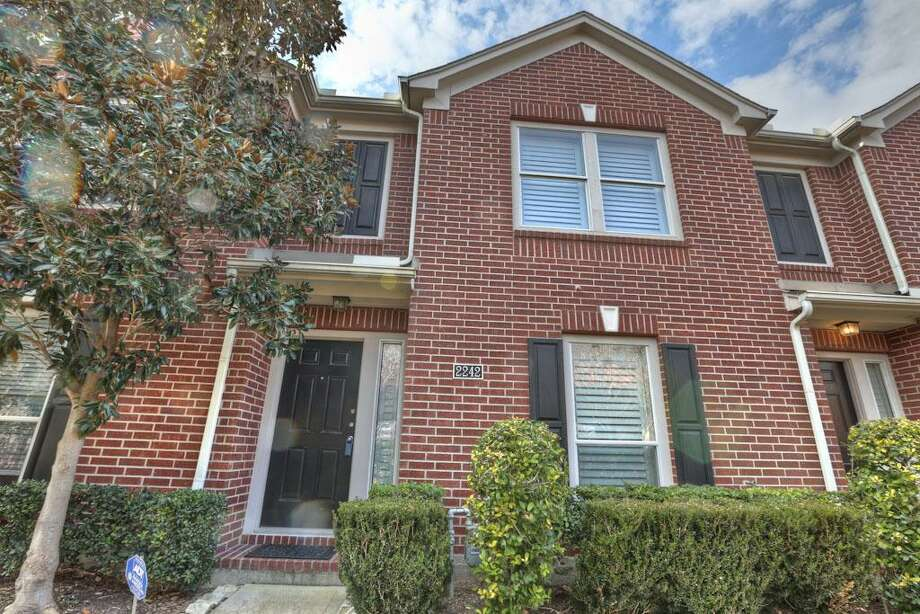 2242 Ann: This 2003 townhome has 2 bedrooms, 2 bathrooms, 1,676 square feet, and is listed for $224,900.