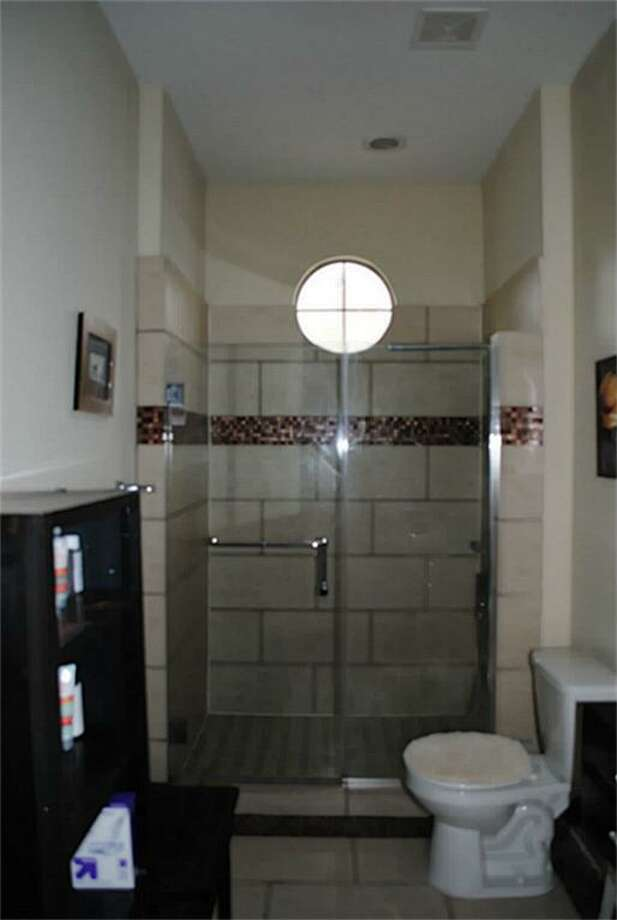 802 Jackson Hill: This 2006 townhome has 1 bedroom, 1 bathroom, 816 square feet, and is listed for $195,000.