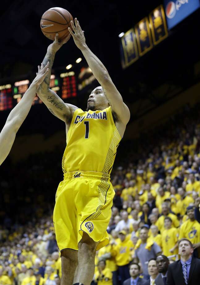 The last-second shot by Cal's Justin Cobbs defeated No. 1 Arizona 60-58 at Haas Pavilion on Saturday. Photo: Marcio Jose Sanchez, Associated Press