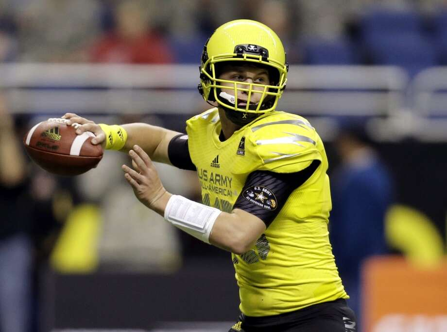 FILE - In this file photo from Jan. 4, 2014, U.S. Army All-American West quarterback Kyle Allen throws against the East during the U.S. Army All-American Bowl football game in San Antonio. Allen, from Scottsdale, Ariz., is a signee with Texas A&M. Photo: Eric Gay, Associated Press