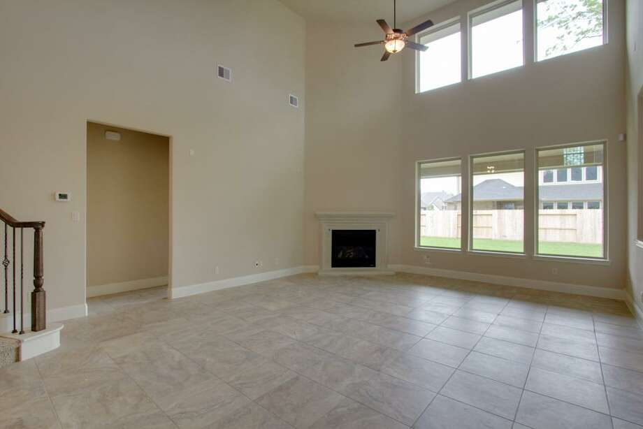 11 Lost Oak: This 2013 home has 4 bedrooms, 4 bathrooms, 4,241 square feet, and is listed for $495,095. Photo: Houston Association Of Realtors