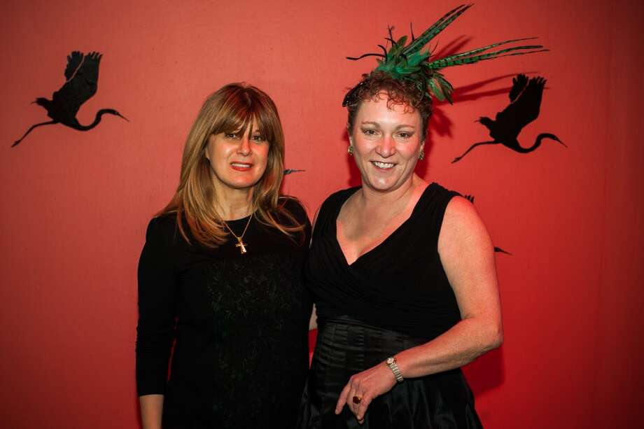 Annie Tashenberg poses with Julie Farr during Martini Madness at the Houston Center for Contemporary Craft Thursday January 30. Martini Madness is a society event benefitting the Center. (Michael Starghill, Jr.) Photo: Michael Starghill, Jr.