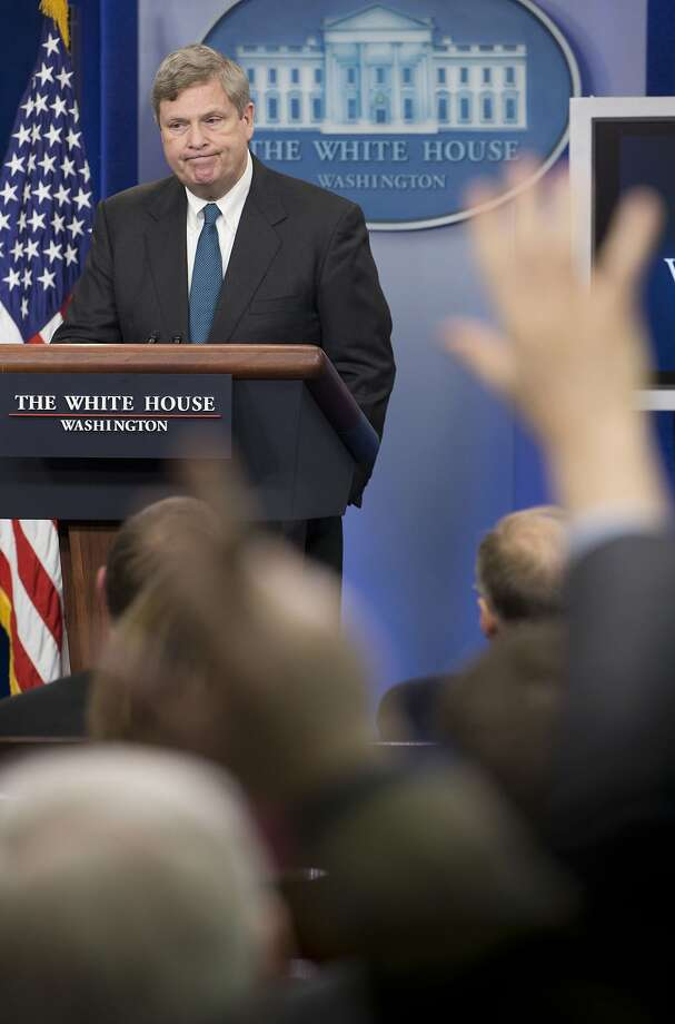 Agriculture Secretary Tom Vilsack explains how the hubs will work. Photo: Pablo Martinez Monsivais, Associated Press
