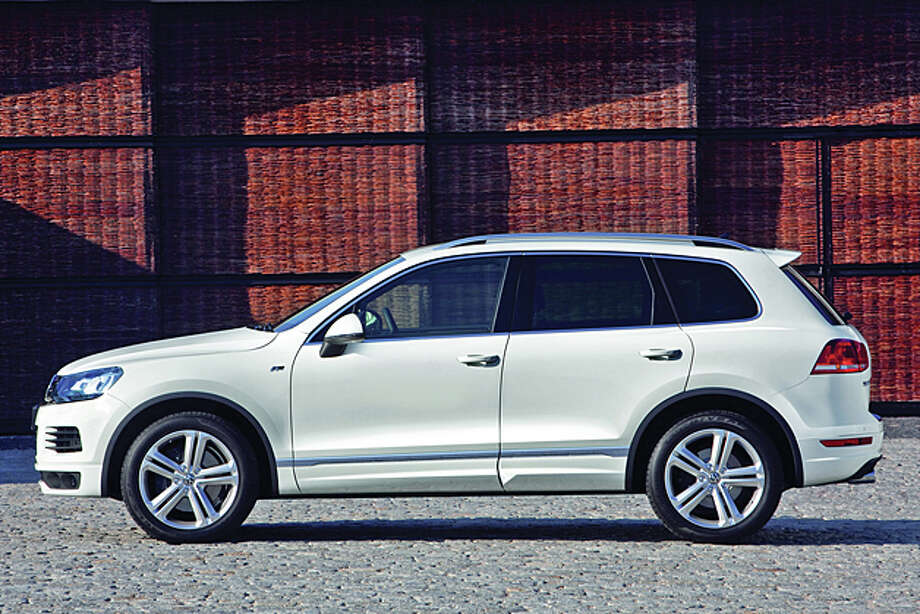 2014 Volkswagen Touareg TDI Executive (photo courtesy VW)