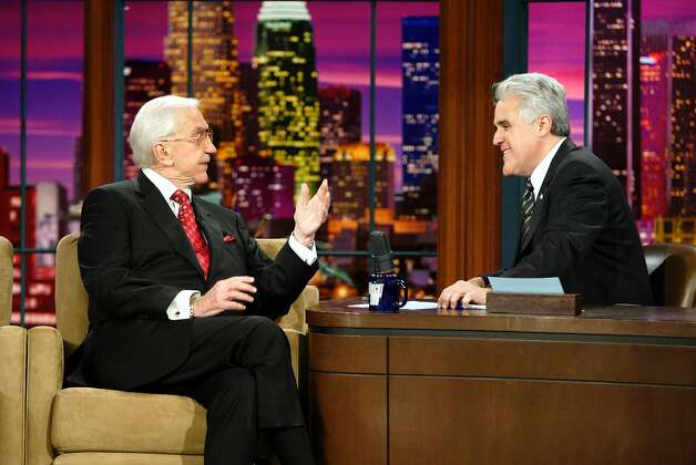 jay leno johnny carson essay Melissa rivers says jay leno snubbed her shortly after joan rivers' death  former tonight show host jay leno, who inherited johnny carson's beef with the comedienne and carried out his .