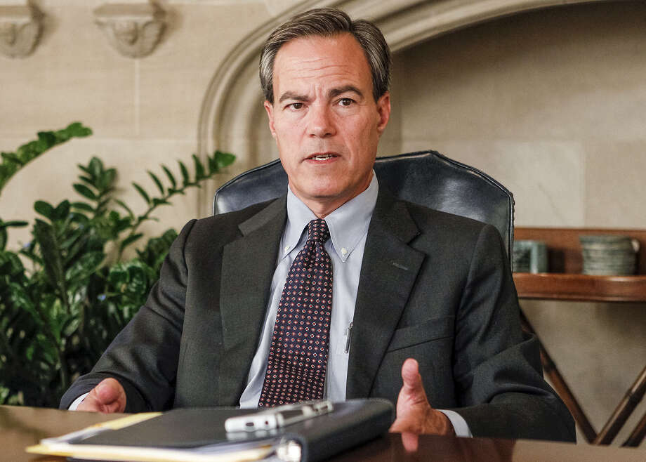 Speaker Joe Straus has provided strong leadership at the helm of the Texas House. Photo: Marvin Pfeiffer/ San Antonio Express-News / Express-News 2013