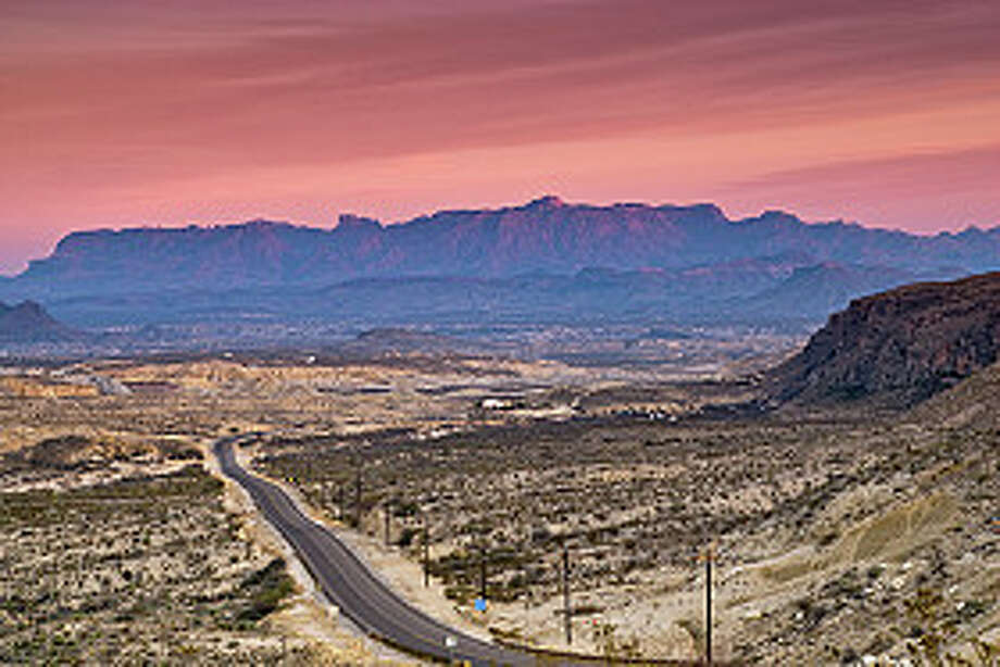 Chisos Mountains in Chihuahuan Desert, Big Bend National Park. Photo: Witold Skrypczak, Getty Images/Lonely Planet Images / Lonely Planet Images