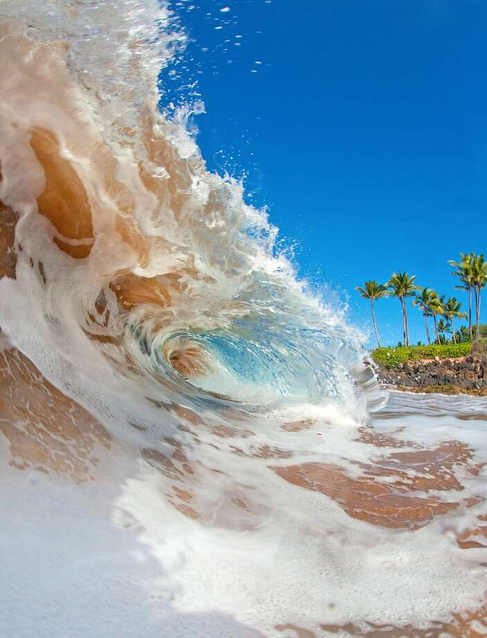Shore break wave Photo: M Swiet Productions, Getty Images