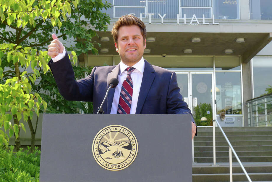 """The Santabarbarian Candidate"" Episode 710 -- Pictured: James Roday as Shawn Spencer. Photo: USA Network, USA Network/NBCU Photo Bank / 2012 USA Network Media, LLC"