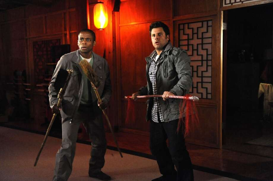 """Romeo and Juliet and Juliet"" Episode #5003 -- Pictured: (l-r) Dule Hill as Gus, James Roday as Shawn Spencer. Photo: USA Network, USA Network Via Getty Images"