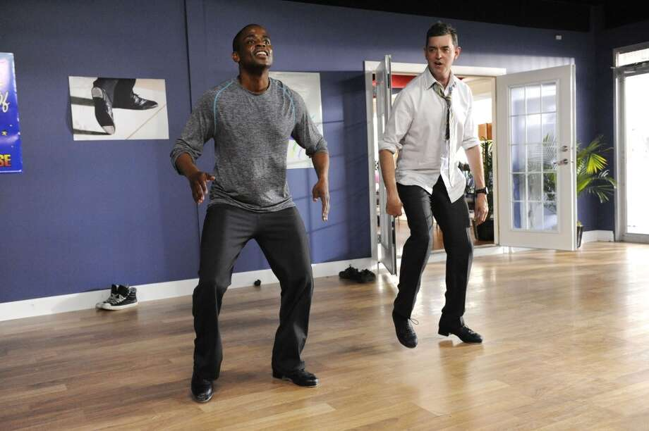 """Feet Don't Kill Me Now"" Episode #5001 -- Pictured: (l-r) Dule Hill as Gus, Timothy Omundson as Lassiter. Photo: USA Network, USA Network Via Getty Images"