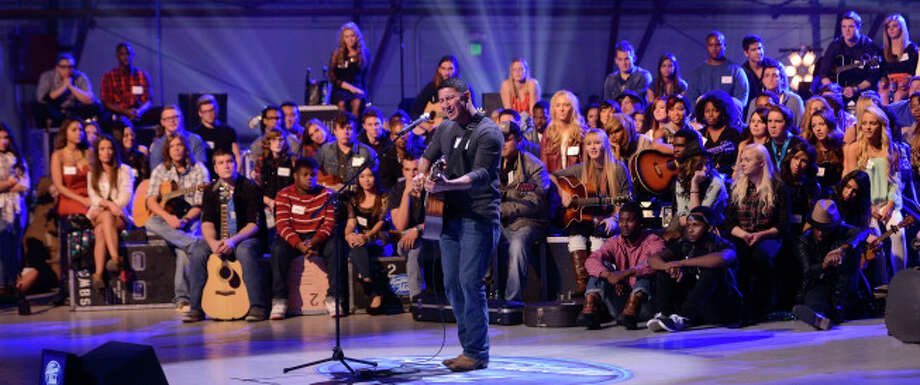 "AMERICAN IDOL XIII: Contestants compete in the all-new ""Hollywood or Home"" episode of AMERICAN IDOL XIII airing Wednesday, Feb. 5 (8:00-10:00 PM ET/PT) on FOX. CR: Michael Becker / FOX. Copyright 2014 FOX BROADCASTING. / 1"
