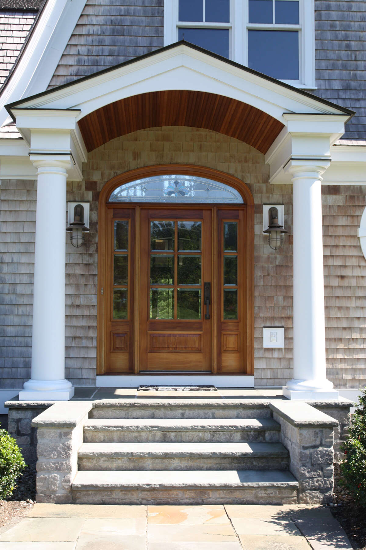 House of the Week: 341 Vly Rd., Niskayuna   Realtor: Colleen Loonan at Richard G. Rosetti Real Estate   Discuss: Talk about this house