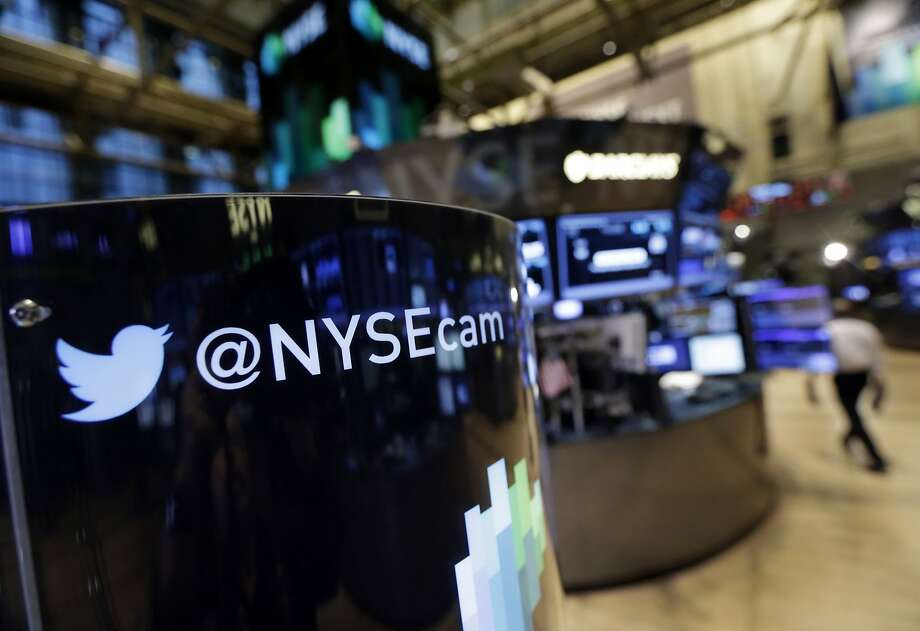 Twitter, welcomed by the New York Stock Exchange in November, reported mixed fourth-quarter results and saw its stock price fall. Photo: Richard Drew, Associated Press