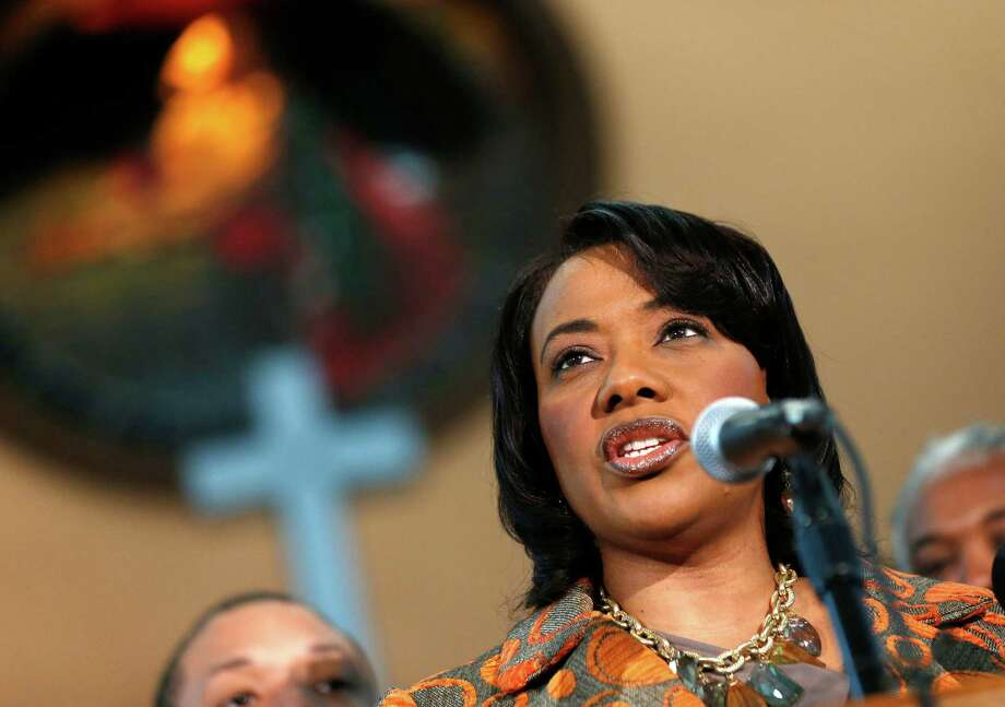 Bernice King says at a news conference Thursday in Atlanta that she loves her two brothers but has decided she can no longer associate with them. Photo: John Bazemore, STF / AP