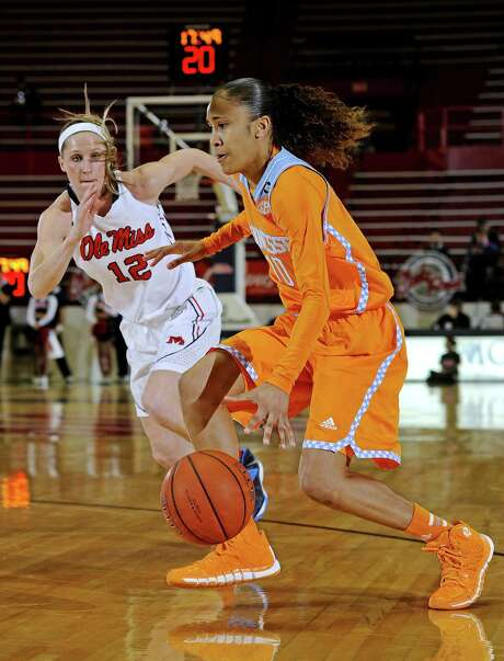 Tennessee guard Meighan Simmons, a Steele grad who finished with 20 points, drives against Ole Miss. Photo: Thomas Graning / Associated Press / FR171019 AP