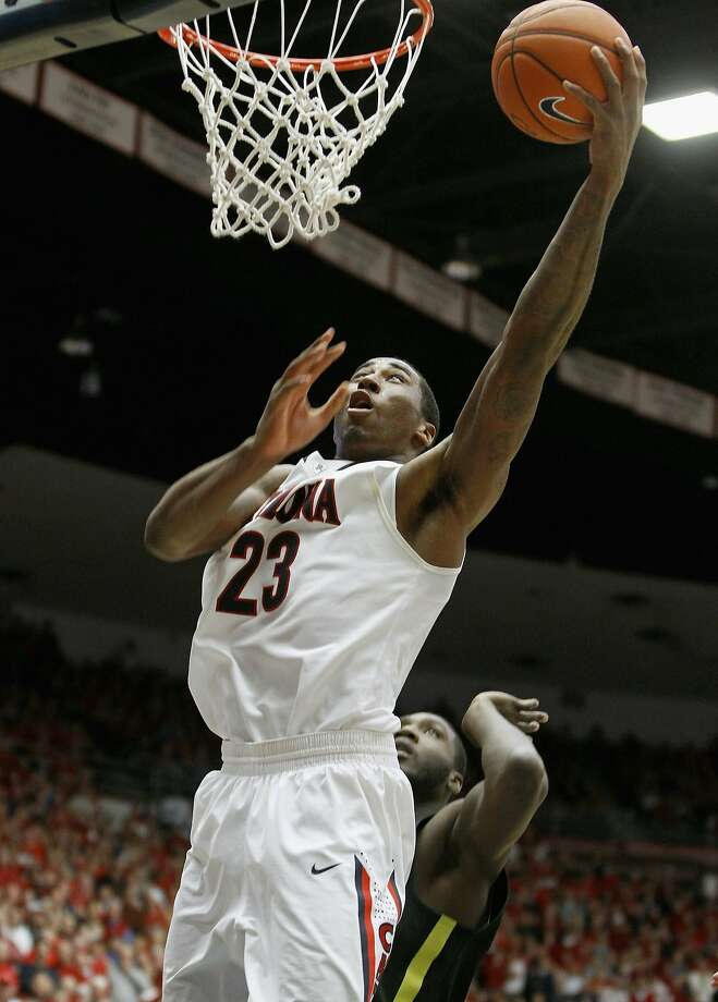 Rondae Hollis-Jefferson scores for Arizona in its win over Oregon. Photo: Ralph Freso, Getty Images