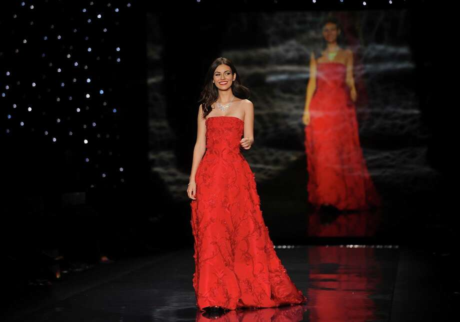 Actress Victoria Justice walks the runway.  Photo: Brad Barket, Associated Press / AP2014