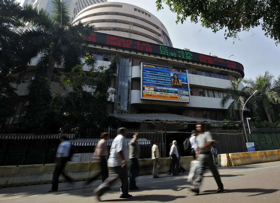 The Bombay Stock Exchange is in Mumbai, India, one of the nations whose stocks are seen as fragile. Photo: Mansi Thapliyal, Reuters