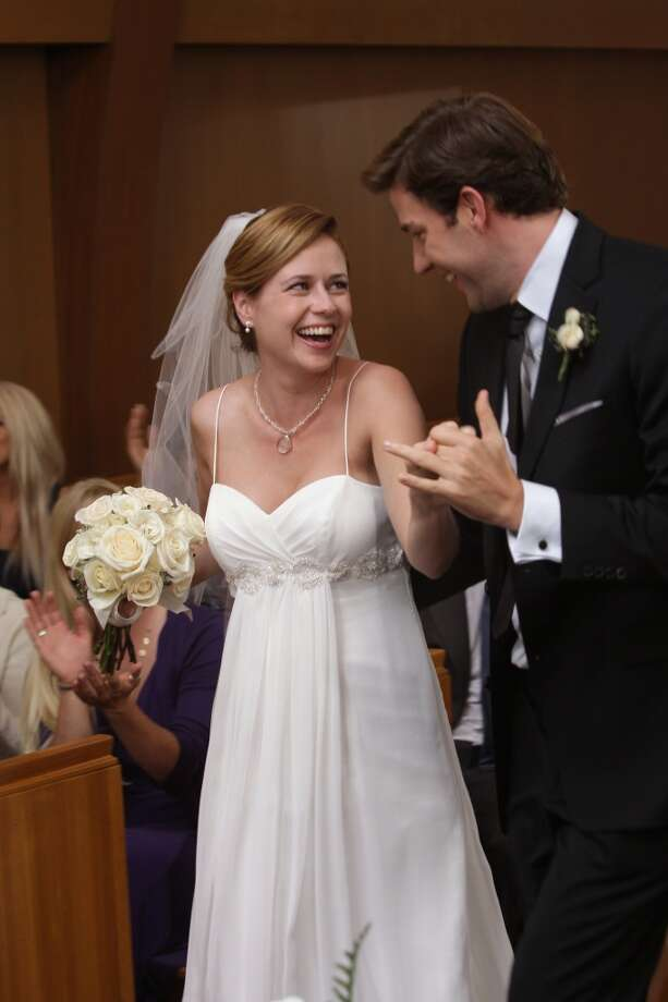 "Pam and Jim get married on ""The Office,"" 2009. Photo: NBC, NBC Via Getty Images"