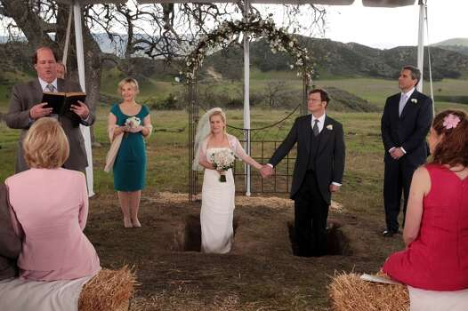 "Angela Martin and Dwight Schrute tie the knot in the finale of ""The Office,"" 2013. Photo: NBC, NBCU Photo Bank Via Getty Images"