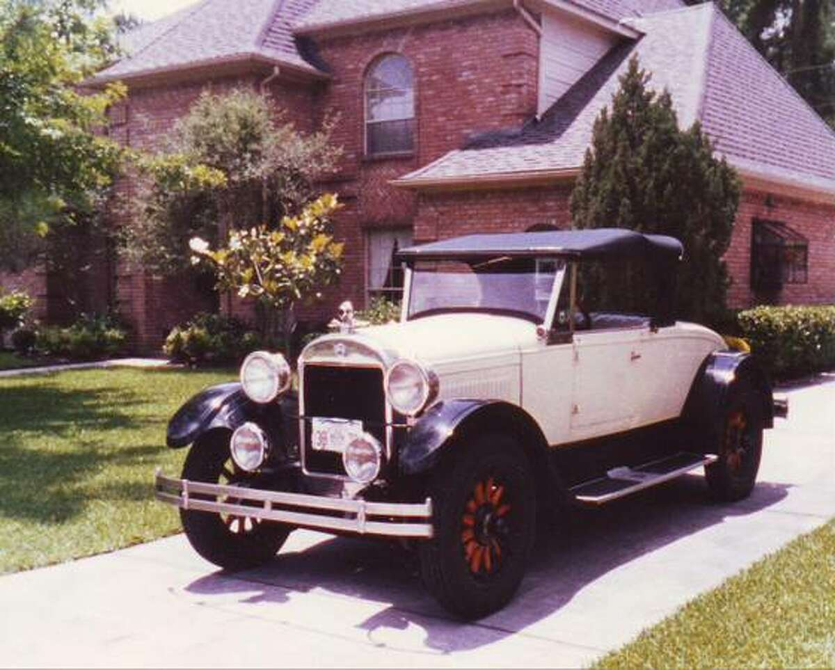 1925 REO Roadster once owned by the famous Taos artist Leon Gaspard is up for sale in Spring.