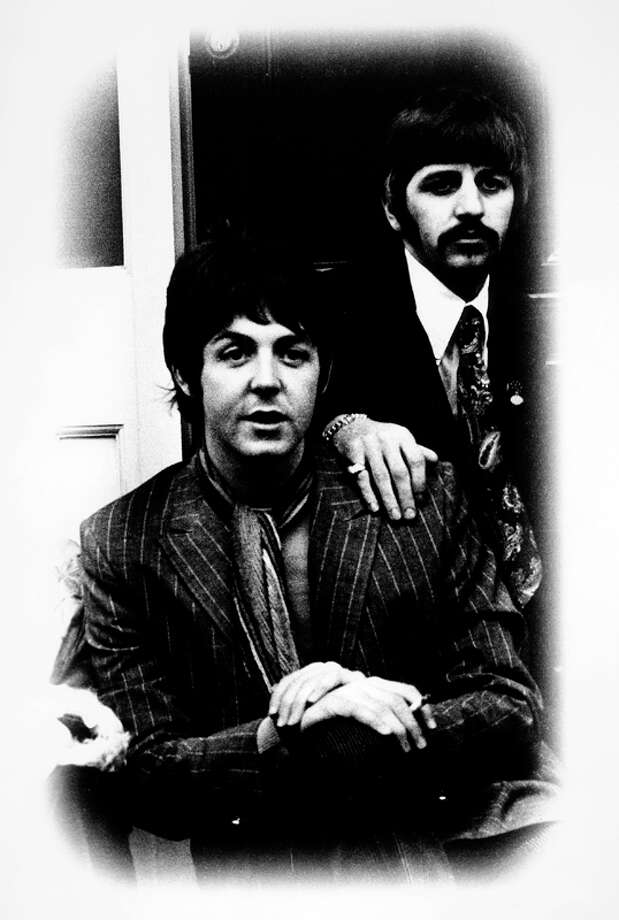 Paul McCartney and Ringo Starr posed outside Brian Epstein's Belgravia house for Sgt. Pepper launch  (Photo by Jan Olofsson/Redferns) Photo: Jan Olofsson, Redferns / Redferns