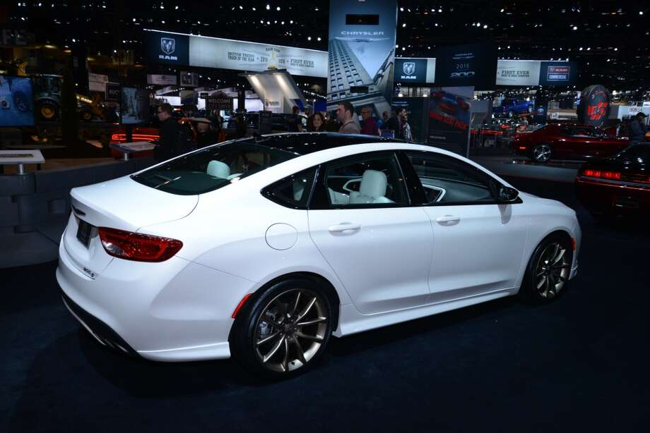 The Chrysler 200S (Photo: Newspress) Photo: Newspress