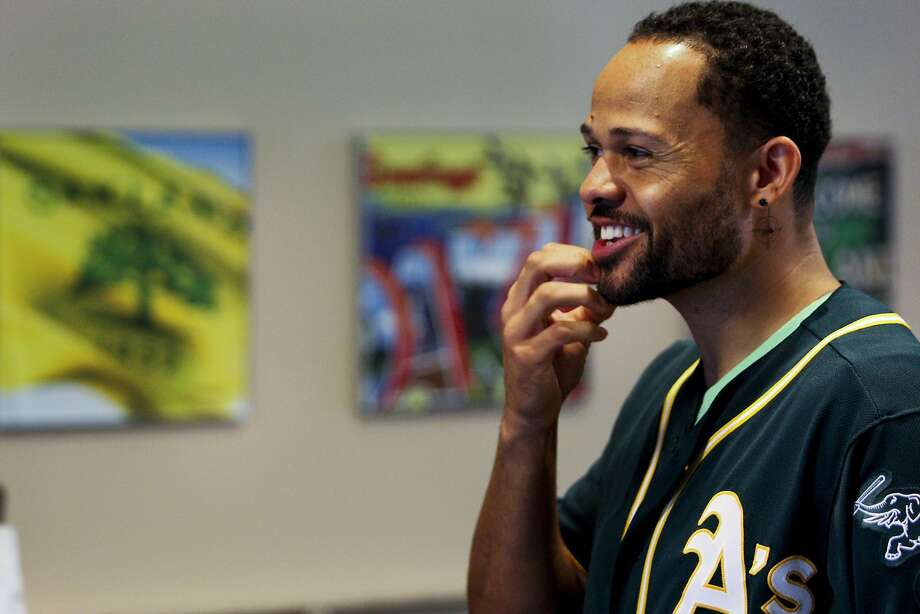 Center fielder Coco Crisp, in town for the A's FanFest, agreed to a deal that will pay him $11 million in 2015 and $11 million in 2016. Photo: Andre Zandona, The Chronicle