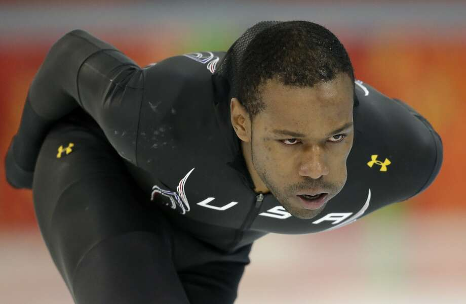 U.S. speedskater Shani Davis is scheduled to compete in the 500. Photo: Patrick Semansky, Associated Press