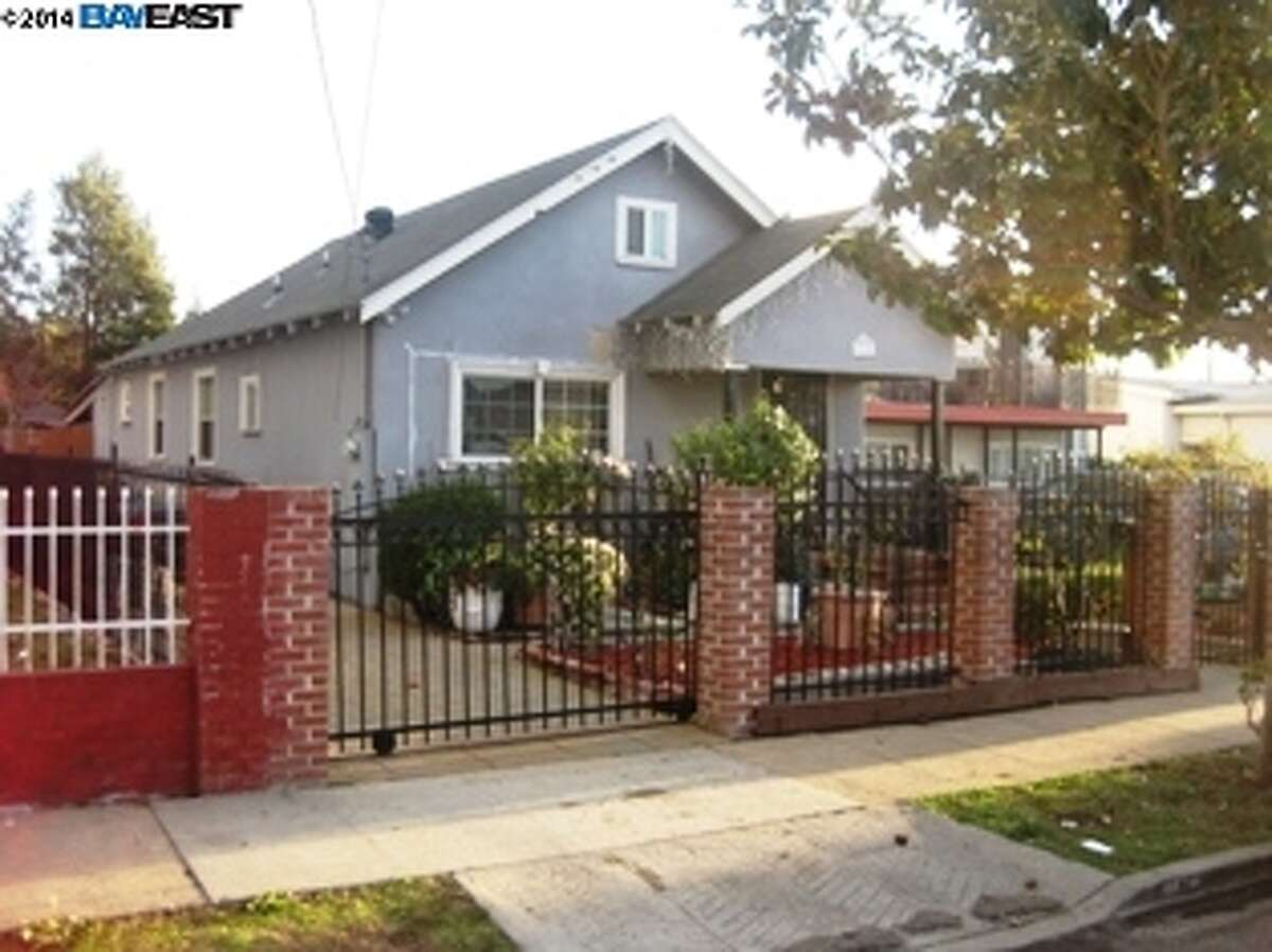 Here is a 3-bed, 1-bath home with large backyard
