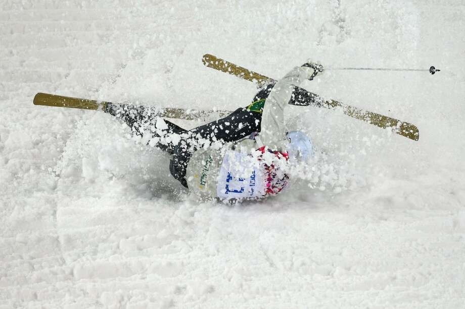 Dale Begg-Smith of Australia crashes out in the Men's Moguls Qualification on day three of the Sochi 2014 Winter Olympics at Rosa Khutor Extreme Park on February 10, 2014 in Sochi, Russia.  (Photo by Cameron Spencer/Getty Images) Photo: Cameron Spencer, Getty Images