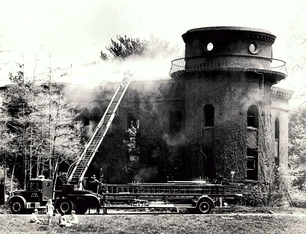Historic Albany: Dudley observatory fire 1970.