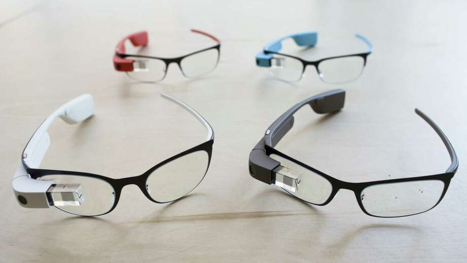 With Google Glass and the EyeSight app from Austin-based Pristine, a nurse could use Glass to stream a video of a patient's wound to a doctor, who then could decide whether he or she should examine the injury in person. Photo: Associated Press File Photo / FR170537 AP